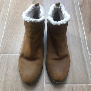 Lucky brand suede ankle boots booties fur lined